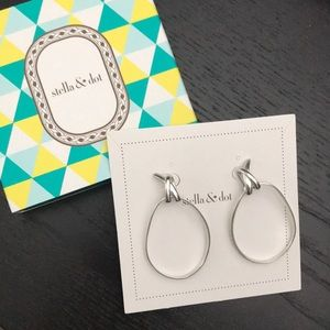 Stella & Dot Stacey Knot Hoops